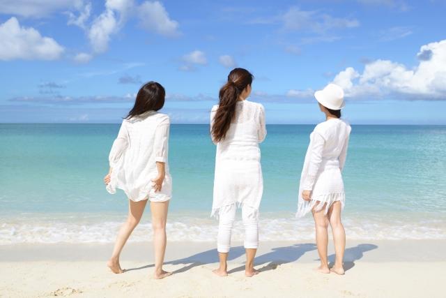 女性 3人組