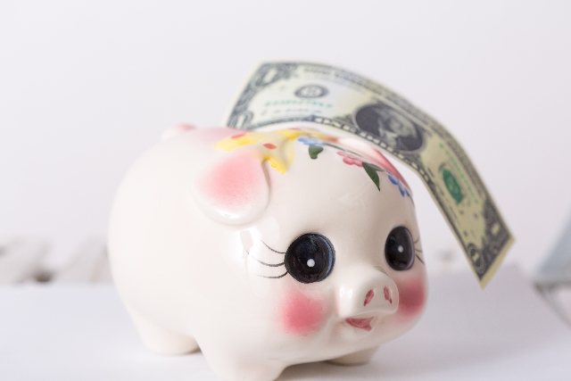 外貨と貯金箱
