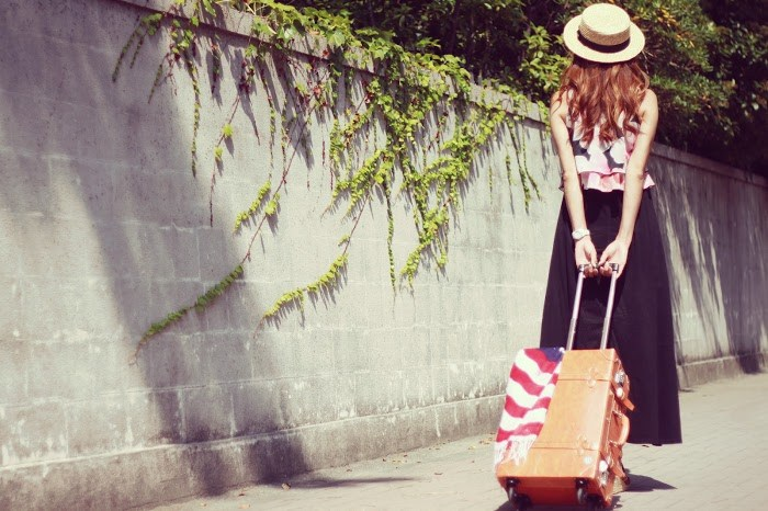 女子 スーツケース